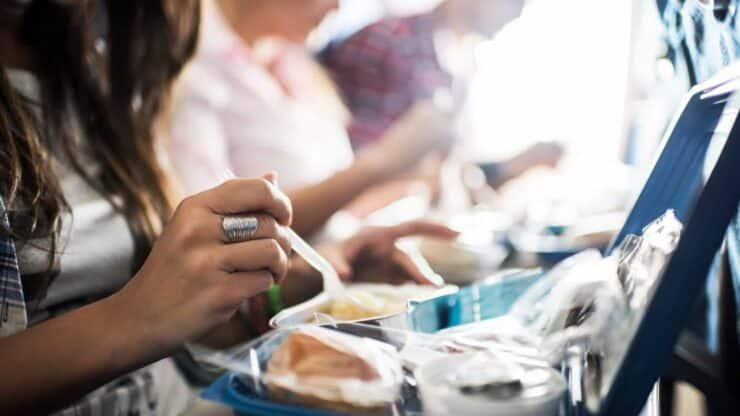 comida en un avión