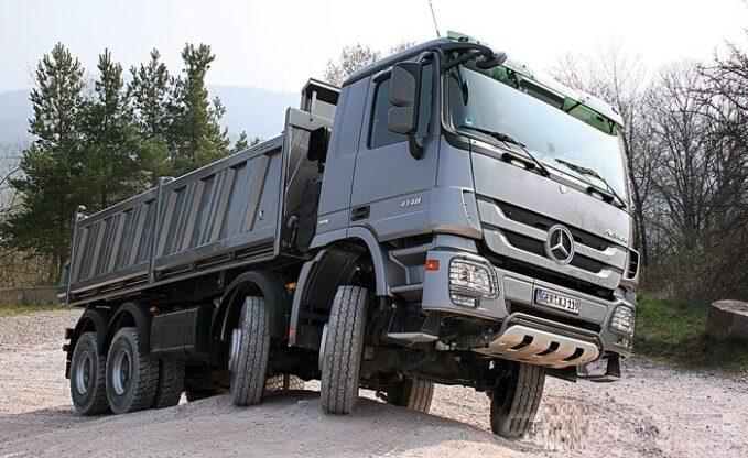 Camión volquete Mercedes-Benz Actros 4148 AK (8x8 / 4)