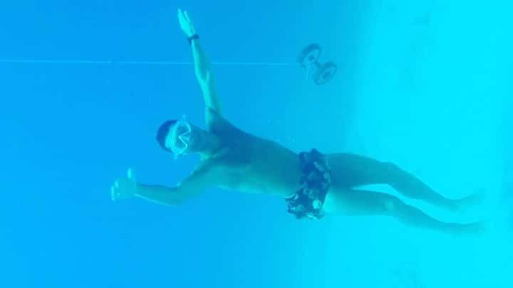 ristiano Ronaldo Bucea a 14 Metros Bajo el Mar sin Oxígeno