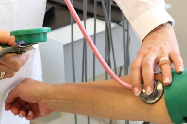 Fuente PIXABAY Si el riesgo es elevado es necesario tomar medidas farmacologicas de prevencion.