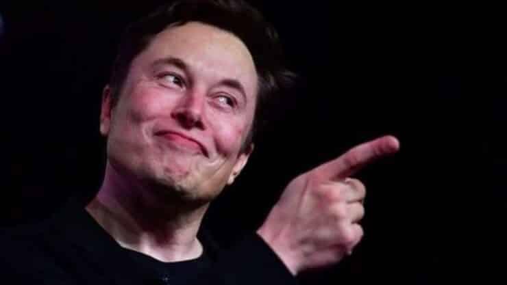 Elon Musk se burla de publicación de Jeff Bezos en Twitter